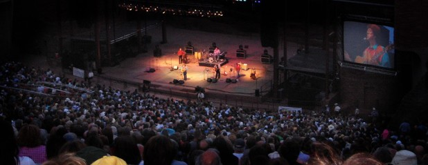 Roy Rivers Red Rocks Crowd View